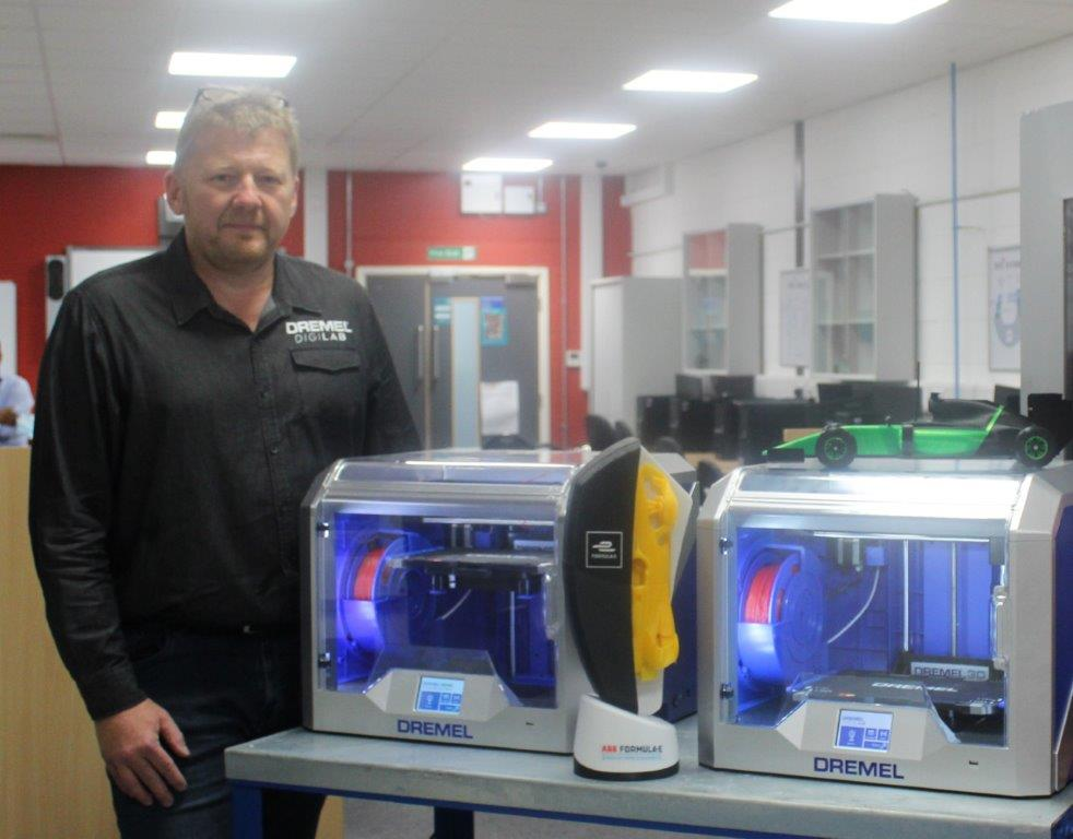 3D technology boosts Engineering offering at CRC, following the donation of two new units
